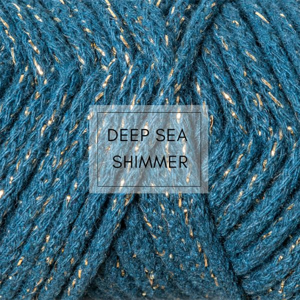 Deep sea shimmer thread detail